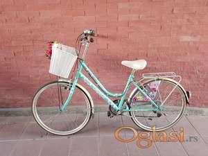 Prodajem ženski gradski bicikl