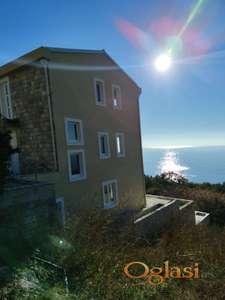 Porodićna vila sa prelepim pogledom na more