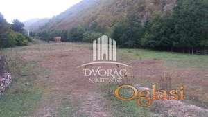 Plac u Novom Pazaru - Pazariste turističko naselje ID#1094