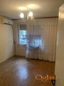 Dvosoban, komforan stan na traženoj lokaciji!