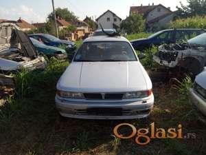 Prodajem delove za Mitsubishi Galant 1,5 benzin 1992 godište!
