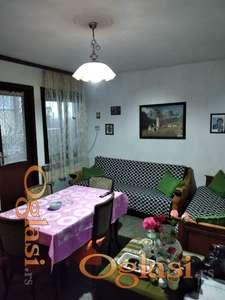 Polunamešten stan u prizemlju kuće