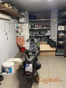 Prodaje se odlicna garaza! ID#2761