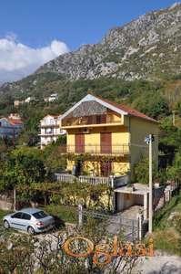 Prodaje se odlična kuća u Bokokotorskom zalivu! Herceg Novi u Morinju