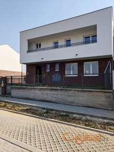 Luksuzna vila na tri nivoa 0691899433