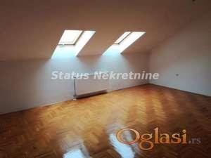 Klisa-ODMAH USELJIV TROSOBAN STAN 72 m2 U MIRNOM KRAJU
