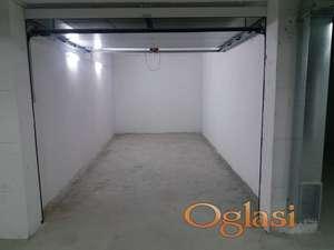 Nova garaža na odličnoj lokaciji