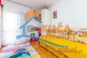 Stan 2.5, 64 m2 + 24 m2 terase, 62000e, Čalije