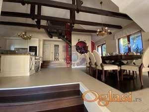 Fantastična kuća sa prelepim pogledom u Sremskoj Kamenici!
