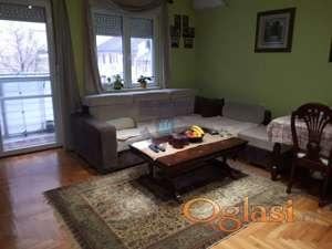 Dvosoban stan u Petra Drapšina 021/632-2111