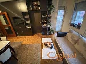 Fantastičan dvoiposoban stan na jednoj od traženijih lokacija! -ADRIJANA-0631678412