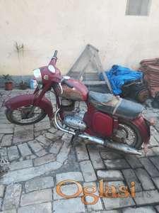 Oldtajmer Jawa motor na prodaju