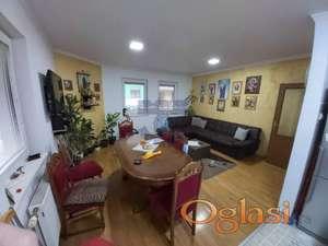Dvoiposoban stan na odličnoj lokaciji!!