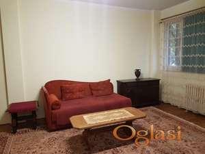 Izdajem namešten dvosoban stan kod Fontane (Novi Beograd)