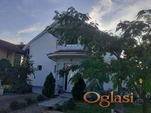 Kuća, Pančevo, Karaula, 151000 evra, 200 m2