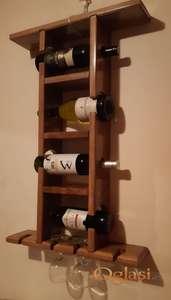 Polica za case i flase za vino