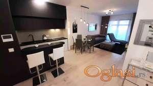 Square 43,2.0,lux,garaža,useljiv ID#810241