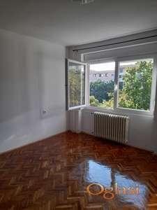 Novi Sad: Potpuno renoviran namešten stan u Miše DImitrijevića