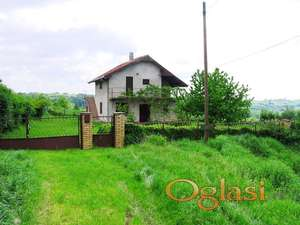Prodaje se kuća u Mladenovcu