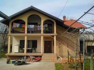 Kuća 200m Veternik