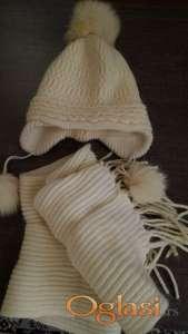 Set kapa i šal, prirodna vuna 50%. Bela.
