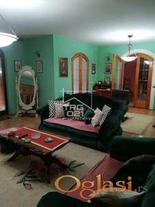 Prelepa kuća sa velikim placem na Novom naselju ID#2370