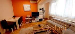 Trosoban stan na Keju 021/2215101