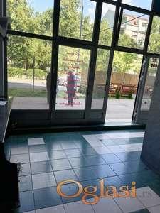 Uknjižen lokal dve etaže 41m2(ima više)-Detelinara