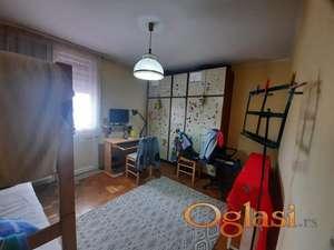 Prodajemo dvosoban stan u centru grada!