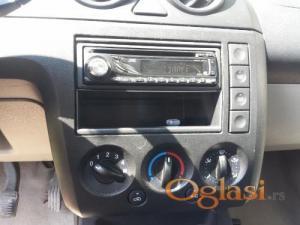 Novi Sad Ford Fiesta 2002, 1.3 Benzin