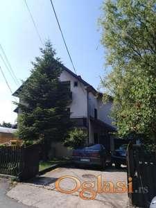 Prodajem kuću 200m2+4ara u Aranđelovcu