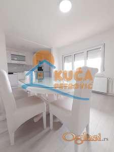 Izdaje se LUX stan u kuci na Ledenoj steni, 80m2, 300e