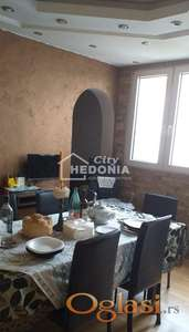 Komforan trosoban stan na Vidikovcu ID#6178