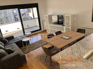Izdavanje stanova Beograd-Trosoban lux stan sa terasom od 17m2, garaža