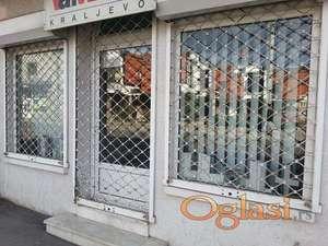 Izdajem lokal u Ulici Cara Lazara u Krusevcu
