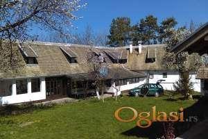 .Kuća  na samom obodu nacionalnog parka Fuška Gora