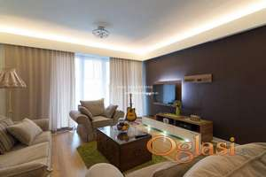 Izdavanje- Lux stan sa garažom na Novom Beogradu- West 65