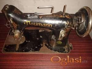 Naumann stara šivaća mašina
