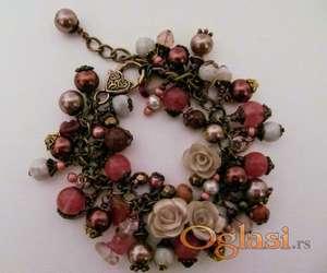 Narukvica charm bracelet - ručni rad NO02