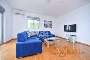 Prodaje se kompletno namešten stan u Rafailovićima!! Hitna Prodaja!!!