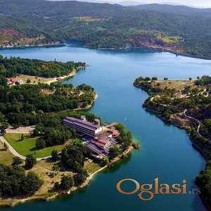 Kuća na Borskom jezeru - odlicna investicija