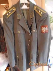 Oficirska UNIFORMA  maksimalno ocuvana