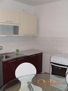 Ako želite da Iznajmite 1-soban stan u centru Subotice - TOKIO naselje