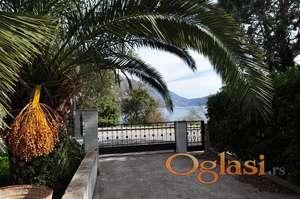 Nova kuća u Kotorskom zaljevu za mini-hotel sa placem 13.600 m2
