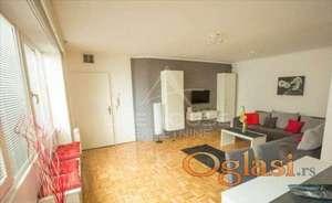 Dvoiposoban stan u samom centru Beograda ID#1022