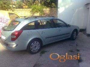 Novi Sad Renault Laguna DCI 2003