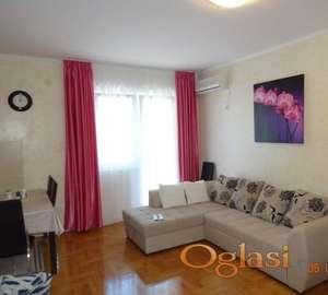 Dvosoban stan u Petrovcu