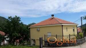Ljepa kuca u Lastvi Grbaljskoj