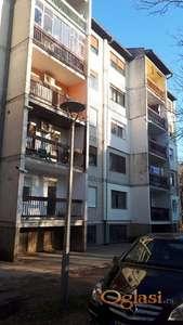 Backa Topola - trosoban stan 93 m2