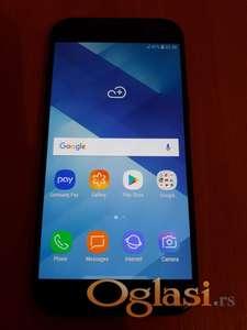 Samsung Galaxy A5 (2017) SKORO KAO NOV